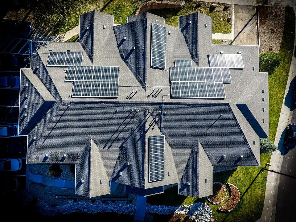 Solar-Panel-Battery-Bank