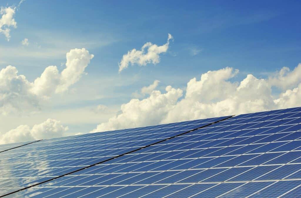 photovoltaic-2138992_1920